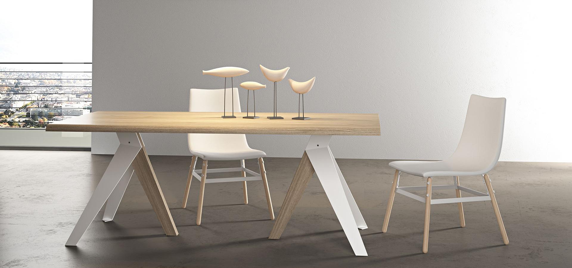 Tavolo kiev lui arredamenti - Sedie per tavolo in legno ...